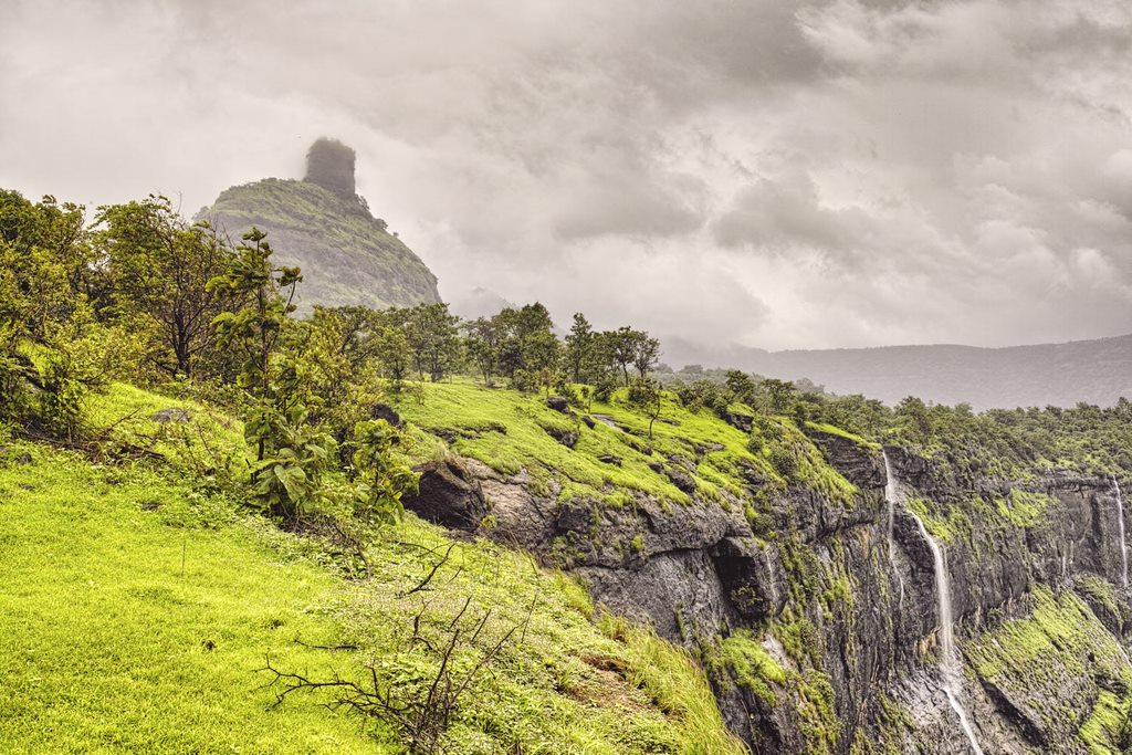 Kothaligad fort visible through monsoon mist